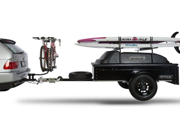 dual hitch with bikes and black space trailer